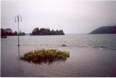 Esondazione1.jpg (10398 byte)